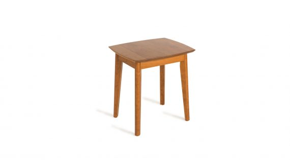 Picture of the Woodworks Amelia Rectangular End Table