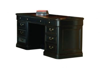Picture of a Hekman Louis Phillippe Executive Credenza